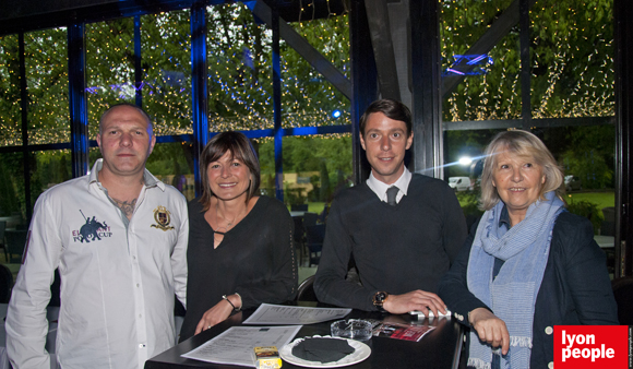 3. Manuel, Christelle et Sébastien Diaz, Annie