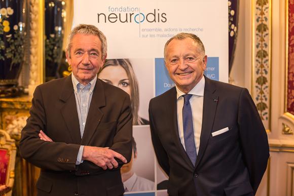 30. Le professeur François Mauguière (Fondation Neurodis) et Jean-Michel Aulas (OL)
