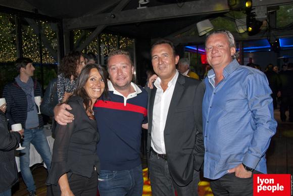 6. Florence Guyot (Champagne Marguerite), Benoît Toussaint (Chez Paul'O), Éric Verbrugge (Eurocave) et un ami