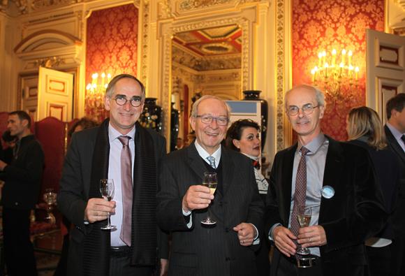 7. Pascal Danger (CCI Beaujolais), Vincent Roiret et le professeur Rémi Gervais (Université de Lyon)