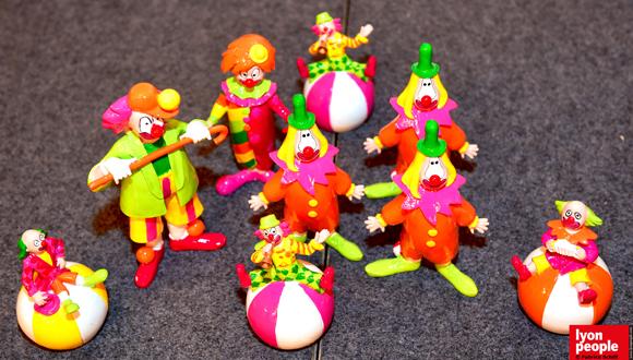 1. Des clowns de toute taille