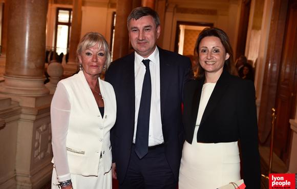 18. Murielle Imbaud, présidente Docteur Clown, Christophe Guilloteau, président du Département du Rhône et Sophie Cruz, conseillère régionale