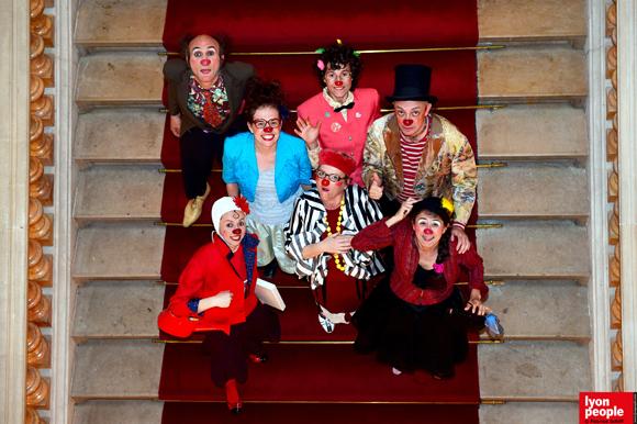 2. Tapis rouge pour les clowns