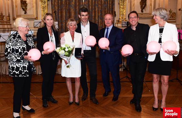 42. Michèle Boiron, Nathalie Chaize, Mireille Imbaud, Philippe Gauvreau, Bernard Lacombe, Philippe Fournier et Frédérique Mathy