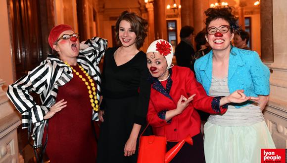 49. Clara et les chic Clowns