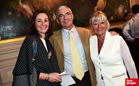 7. Alexandra Hurez, Rémi Kohler et Murielle Imbaud, présidente Docteur Clown