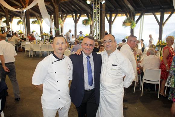 Restaurant La Tour Et Auberge L Ecu