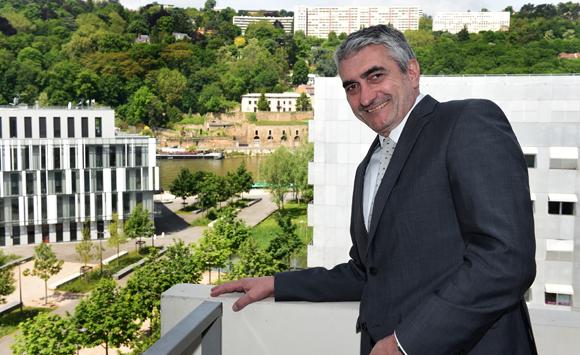 12 Michel Chenevat