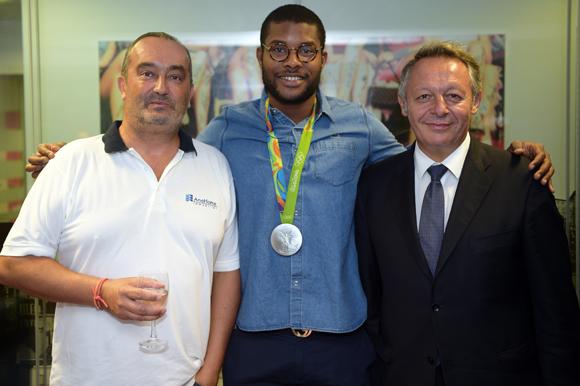 12. Pierre Nallet (AnaHome Immobilier), Mehdy Metella et Thierry Braillard, secrétaire d'Etat aux Sports