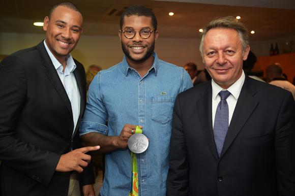 14. Gaëtan Muller, président de l'ASVEL, Mehdy Metella et Thierry Braillard, secrétaire d'Etat aux Sports