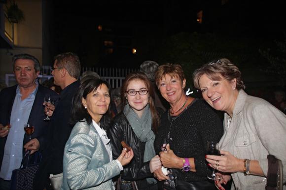 27. Pascale, Violaine Jarry (Lega -Cité) et Maryse Brun, présidente de l'association le Class et Nicole Laffon (Sud Est Prévention)