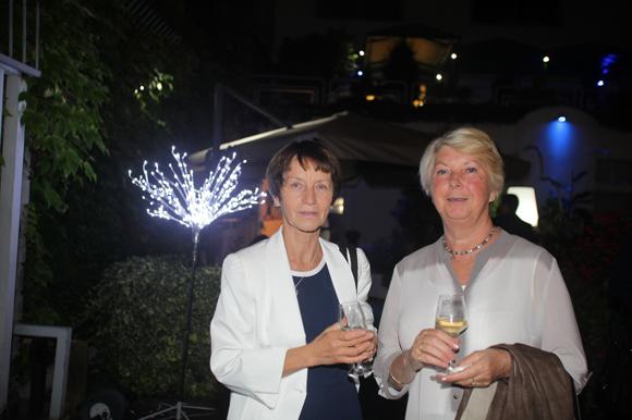 30. Nicole Bernard et Chantal Babin