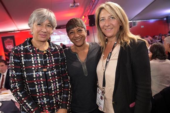 14. Florence Verney-Carron, vice-présidente du Conseil régional, Djamila Calla (Ccom Calla) et Catherine Arbaud (LOU Rugby)