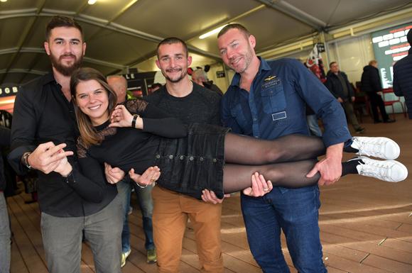 29. Eva Lopez (Black by Jack), Romain Doulonne (Réseau Chape), Francis Bert (Tradichape) et Johan Contet (France Alu Sécurité)