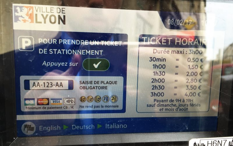 Stationnement. À Lyon, la gratuité n'a plus sa place