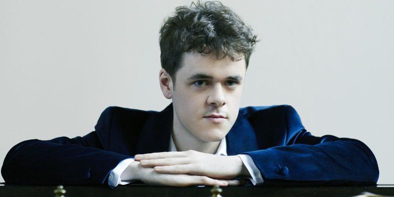 Benjamin Grosvenor enflamme la nouvelle saison de Piano à Lyon