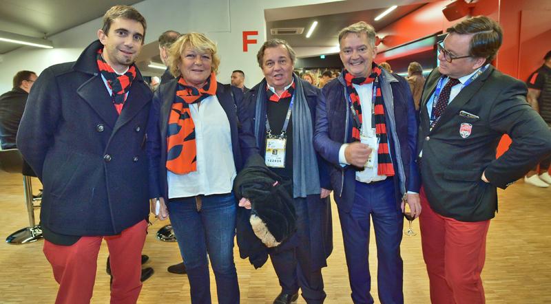 Les tribunes VIP de LOU Rugby – US Oyonnax. Lyon leader du Top 14