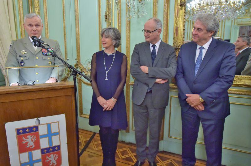 Vœux du Gouverneur militaire de Lyon. Le général Pierre Chavancy souhaite « une année sereine »