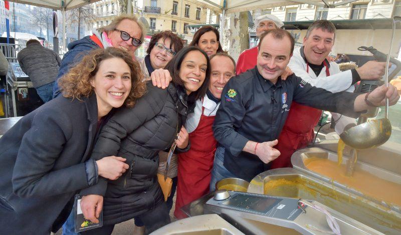 Fabrice Bonnot. Une soupe (en scène) populaire