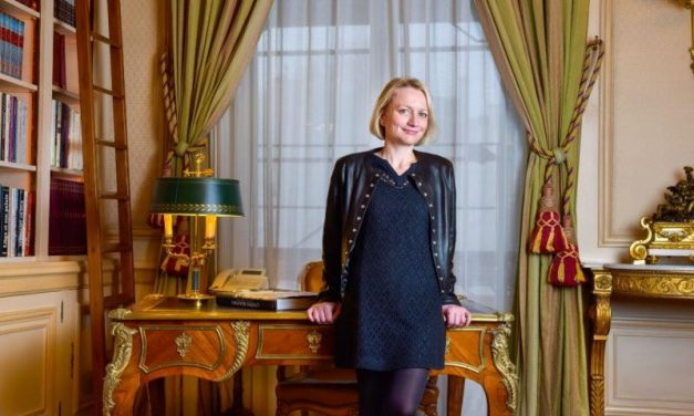 Caroline Collomb aux portes du pouvoir