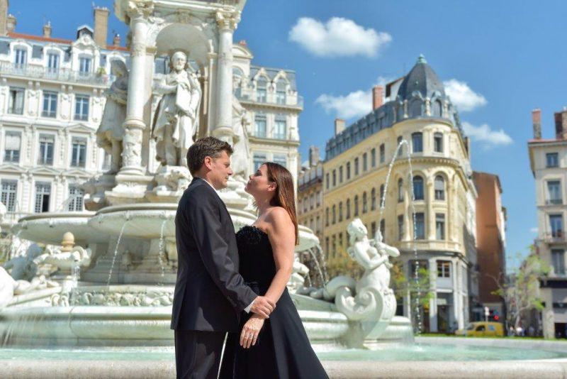 David Metaxas et Céline Claret-Coquet en couverture de Lyon People, spécial Jacobins