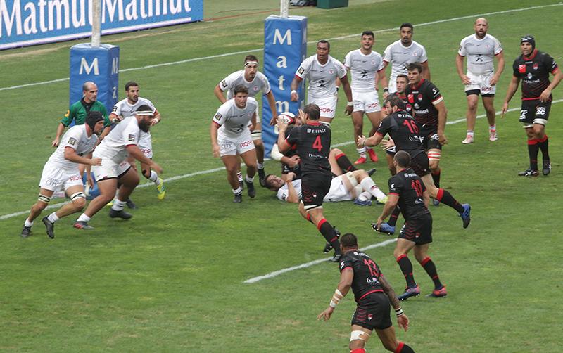 Les tribunes VIP de LOU Rugby – Toulouse. Promesses non tenues