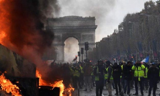 Gilets jaunes. Révolte ou révolution ?