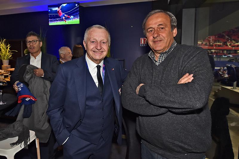 OL – Barcelone. Michel Platini et Manuel Valls dans les tribunes VIP