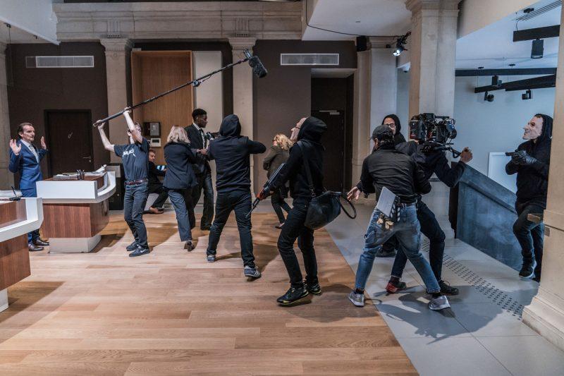 Arnaud Mizzon organise l'avant-première de son court métrage « À Terre »