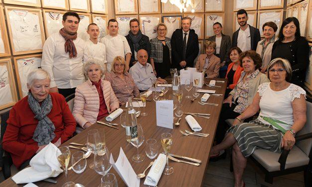 C'6bon 2019. Les restaurants du 6ème régalent 480 seniors !