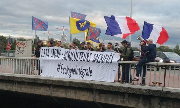 « CETA signé, agriculteurs sacrifiés ! » Les royalistes lyonnais sur le pont !