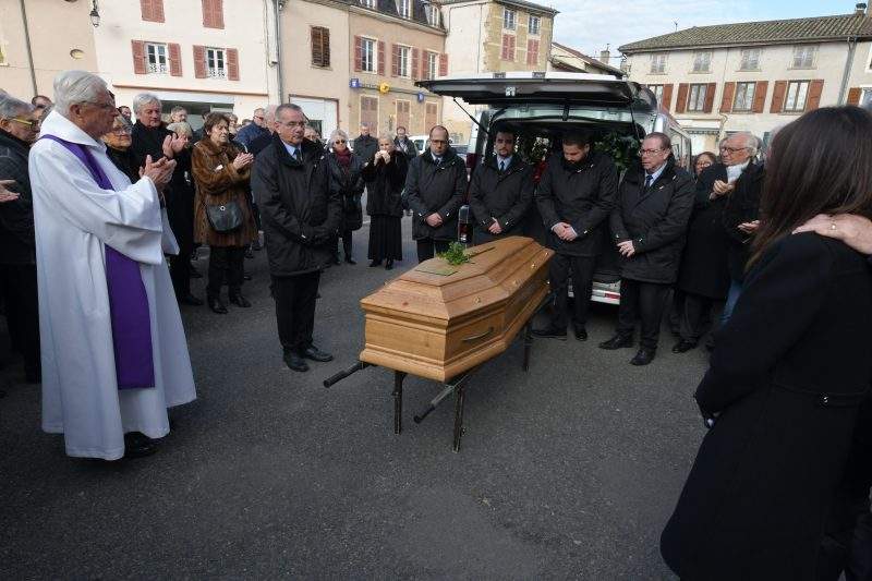 Funérailles de Georges Duboeuf. La dernière cuvée du « pape du Beaujolais »