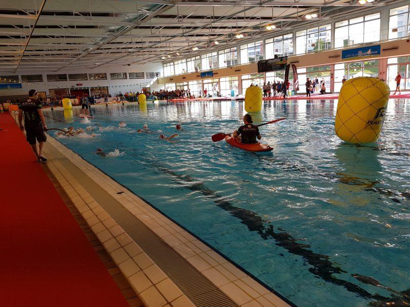 Aquathlon de Villeurbanne. L'eau de la piscine Etienne Gagnaire tourne au vert