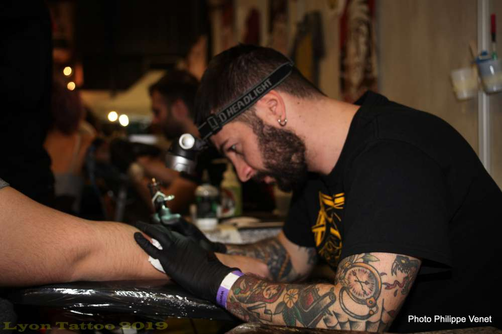 Lyon Tattoo Convention. Les plus grands tatoueurs mondiaux au Double-Mixte