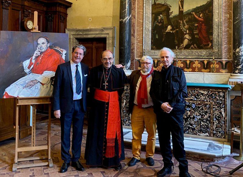 Cardinal Philippe Barbarin. Son portrait installé en l'église de la Trinité des Monts, à Rome