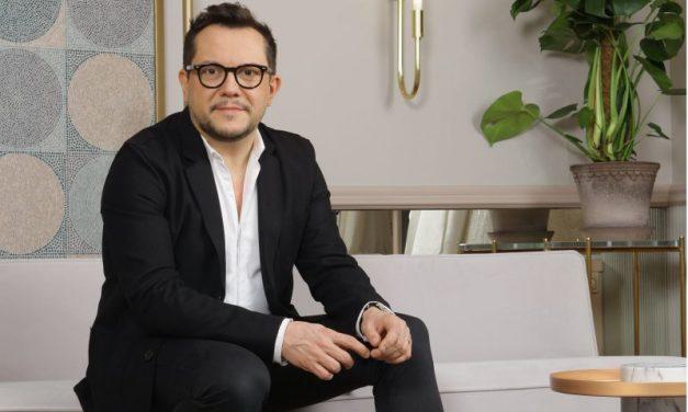 Election Miss France 2021. Nicolas Fafiotte, le couturier lyonnais qui habille Sylvie Tellier