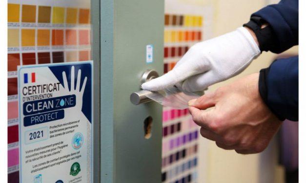 Avec sa solution adhésive, Clean Zone Protect scotche le coronavirus !