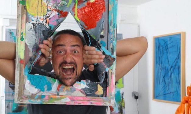 Lyon. Nicolas Perrot peint comme il voltige sur les rampes…