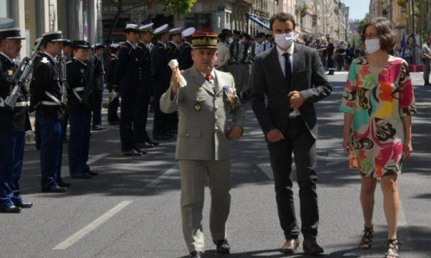 Fête du 14 juillet à Lyon. Comment Doucet a imposé un défilé militaire au rabais