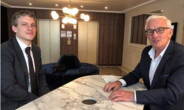 Au micro de Maurice Fusier. Simon Seroussi, nouveau porte-parole de l'Ambassade d'Israël à Paris